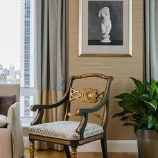 Traditional Living Room by Terrat Elms Interior Design