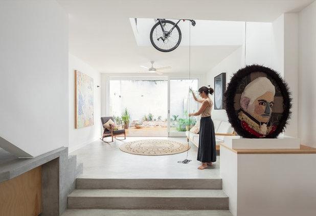 コンテンポラリー リビング by Tribe Studio Architects