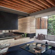 Modern Living Room by Eduardo Hernandez Ch. Architect / CHK Arquitectura