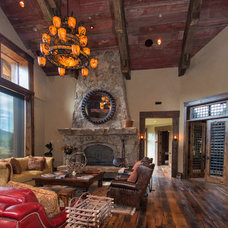Rustic Living Room by Trestlewood