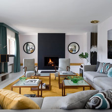 Contemporary Living Room by Maria Lantero Moreno