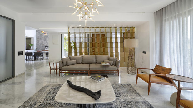 Modern Living Room by S A K Designs