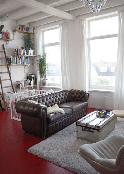 my houzz eclectic coastal home in holland. Black Bedroom Furniture Sets. Home Design Ideas