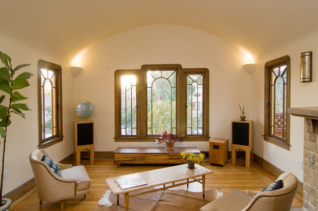 Contemporary Living Room Houzz Tour: Building Up to a View in Berkeley
