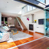 Houzz Tour: Home Looks to the Sky for Light and Space