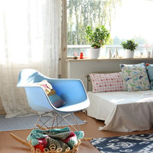 Dutch Houzz: The Comforts of Crochet in Netherlands Apartment