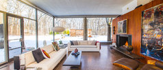 Houzz TV: See What It's Like to Live in a Glass House
