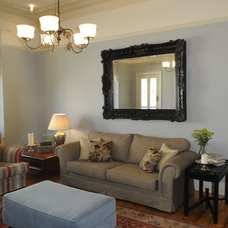 Traditional Living Room by VMDesign