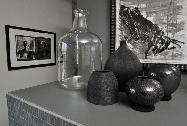 Contemporary Living Room by Nicholas Moriarty Interiors