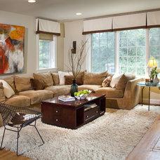 Modern Living Room by Amy Schuermann Interiors