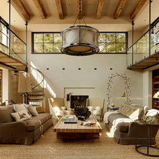 Mediterranean Living Room by Ken Linsteadt Architects