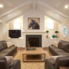 Contemporary Living Room by Robert Lucke Homes