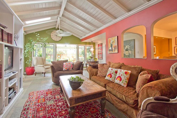 Transitional Living Room by Alicia Blas Macdonald