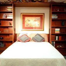 Traditional Living Room by The Closet Lady/Manhattan Murphy Bed Inc.