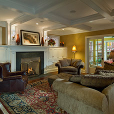 Traditional Living Room by Camery Hensley Construction, Ltd