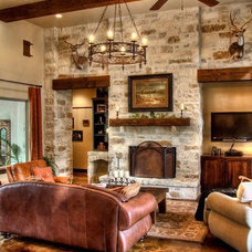 Rustic Living Room by MSA ARCHITECTURE + INTERIORS