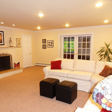 Traditional Living Room by Kate's Home Staging and Redesign