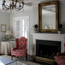 Traditional Living Room by Advanced Renovations, Inc.