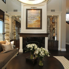 traditional living room by Robeson Design