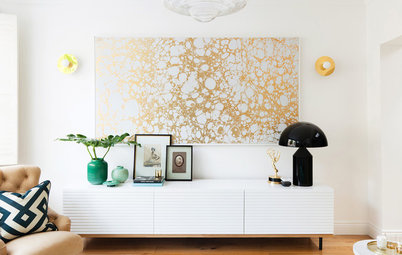 Why Your Living Room Should Include a Dash of Gold