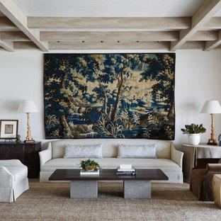 Foto de salón para visitas abierto, mediterráneo, grande, con paredes blancas, suelo de piedra caliza y suelo beige
