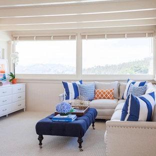 サンフランシスコの大きいビーチスタイルのおしゃれなLDK (フォーマル、白い壁、カーペット敷き、暖炉なし、テレビなし) の写真