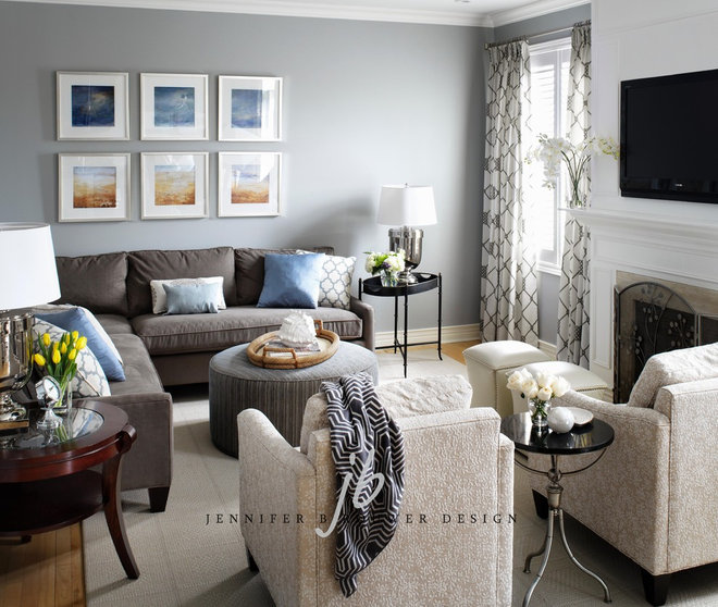Contemporary Living Room by Jennifer Brouwer (Jennifer Brouwer Design Inc)