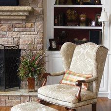 Traditional Living Room by Jennifer Reynolds - Jennifer Reynolds Interiors