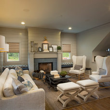 Transitional Living Room by Romanelli & Hughes Custom Home Builders