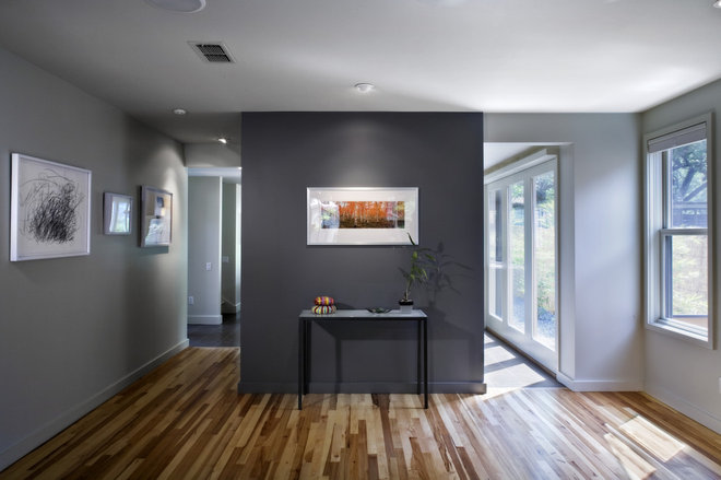 Charcoal Grey Wall Lights : Color Guide: How to Work With Charcoal Gray