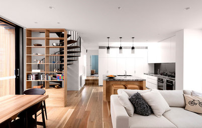 """A Tiny Home's Extension Makes an """"Impossible"""" Brief Possible"""