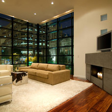 Contemporary Living Room by Reaching Quiet Design