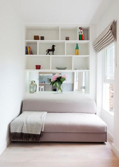 Contemporary Living Room by Pia Design
