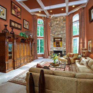 Foto de salón tradicional, grande, con parades naranjas, chimenea tradicional, marco de chimenea de piedra, moqueta y suelo blanco