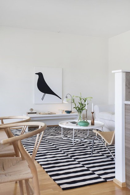 Scandinavian Living Room by Home lab