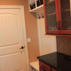 Traditional Living Room Kathleen Kedigh