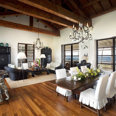 Rustic Living Room by Sutton Suzuki Architects