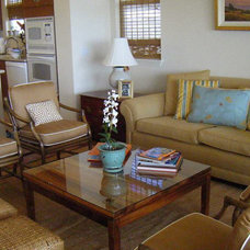 Tropical Living Room by Design Savvy Maui, ASID