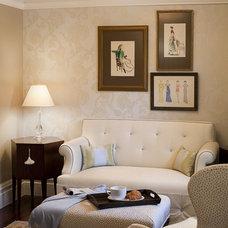 Traditional  by Kelly Scanlon Interior Design