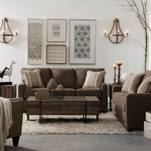 Example of a transitional living room design in Detroit