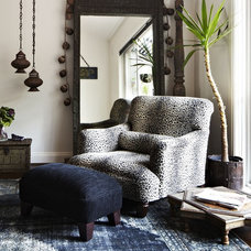 Eclectic Living Room by KESEM BOY
