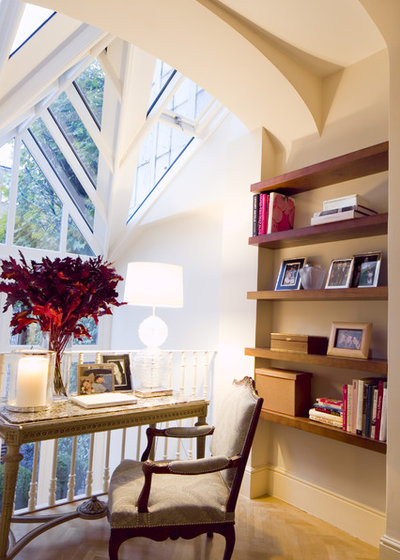 Contemporary Living Room by Maurizio Pellizzoni Ltd