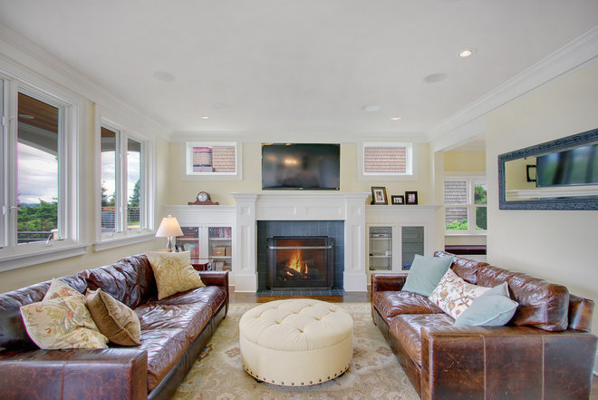 Craftsman Living Room by RW Anderson Homes