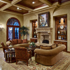 traditional living room by Bella Villa Design Studio