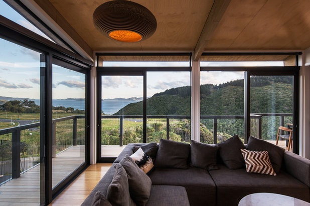 Contemporary Living Room by Tse:Wallace Architects Ltd