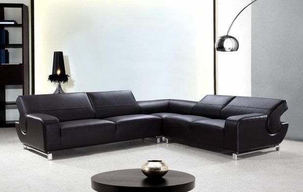 Modern Living Room by EuroLux Furniture