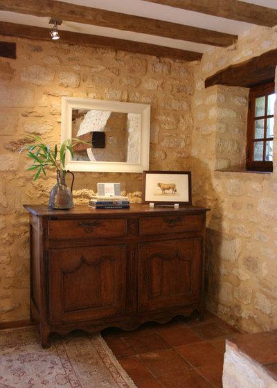 Rustic Living Room by Stephmodo