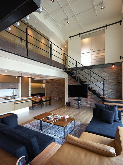 Industrial Living Room by PMK+designers