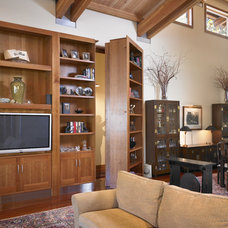 Traditional Living Room by DxDempsey Architecture