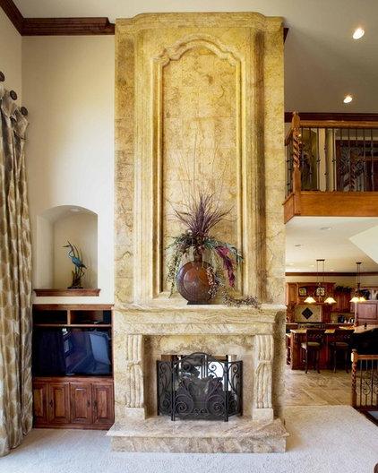 Mediterranean Living Room by Barenz Builders